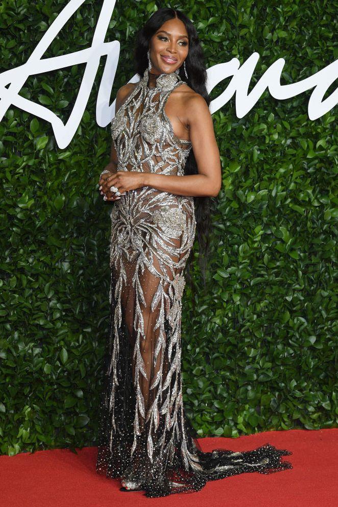 naomi-campbell-arrives-at-the-fashion-awards-2019-held-at-news-photo-1575364554